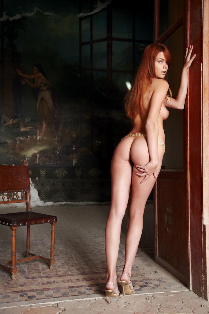 рыжая деваха с ненасытной задницей член она