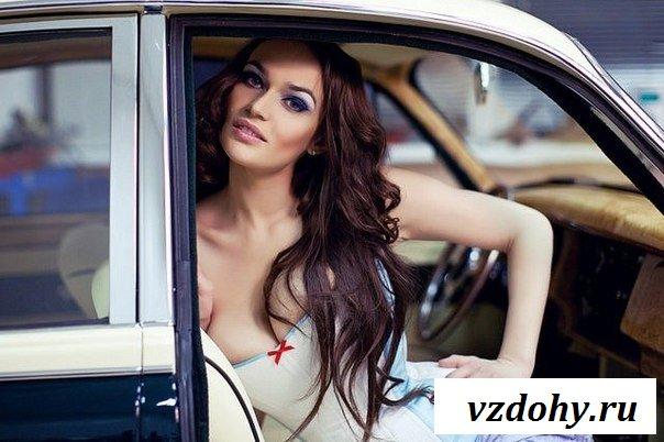 Грудастая королева Алена Водонаева