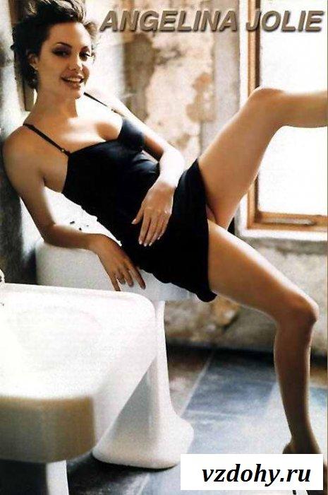 Красивые сиськи Анджелины Джоли