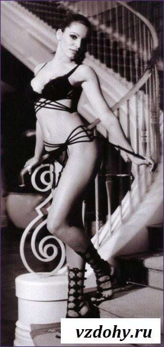 Интимные фото знаменитости Kelly Brook