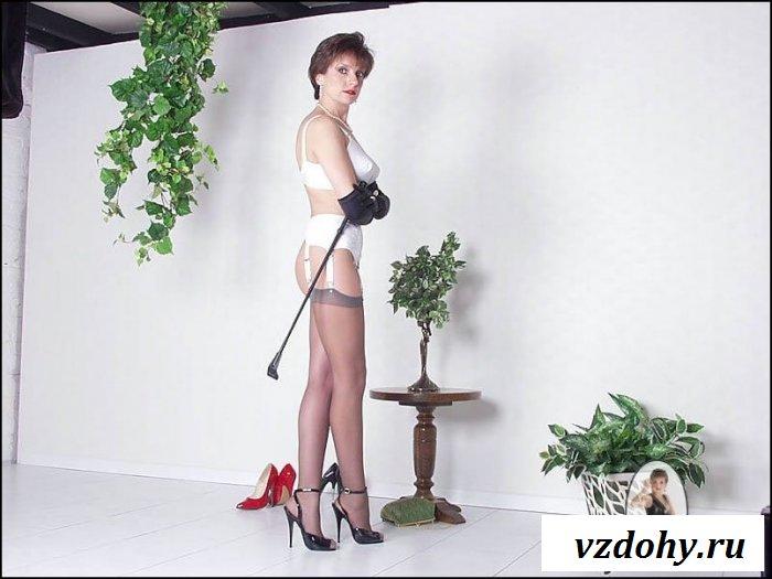 Эротические игры со зрелой женщиной
