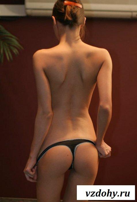 Худенькая пассия искушает сексуальностью
