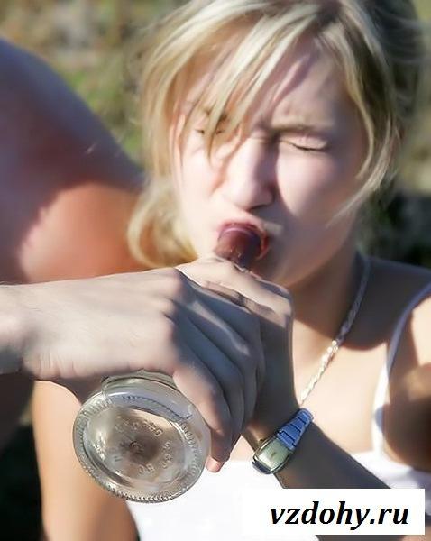 Голый пьяный секс на природе