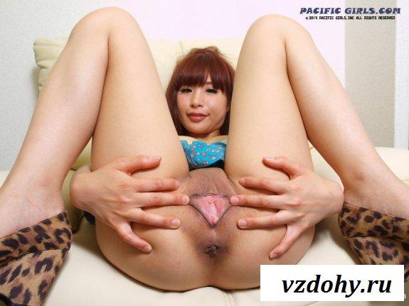 Голая вагина азиатки крупно