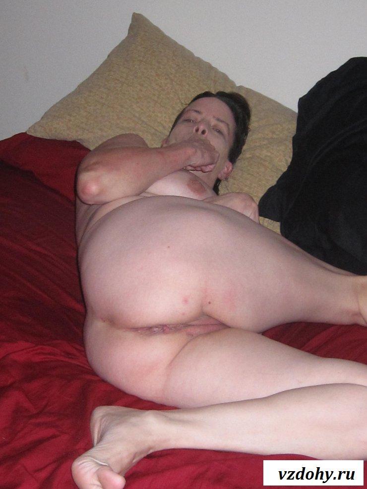Частные снимки обнаженной мерзавки  в возрасте