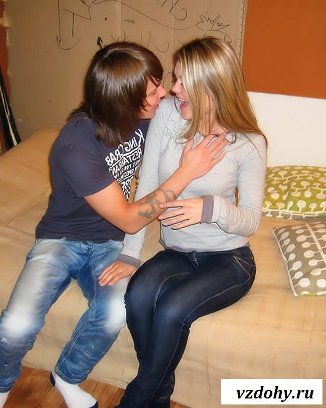 Пьяная русская девушка занимается секссом с опытным чуваком
